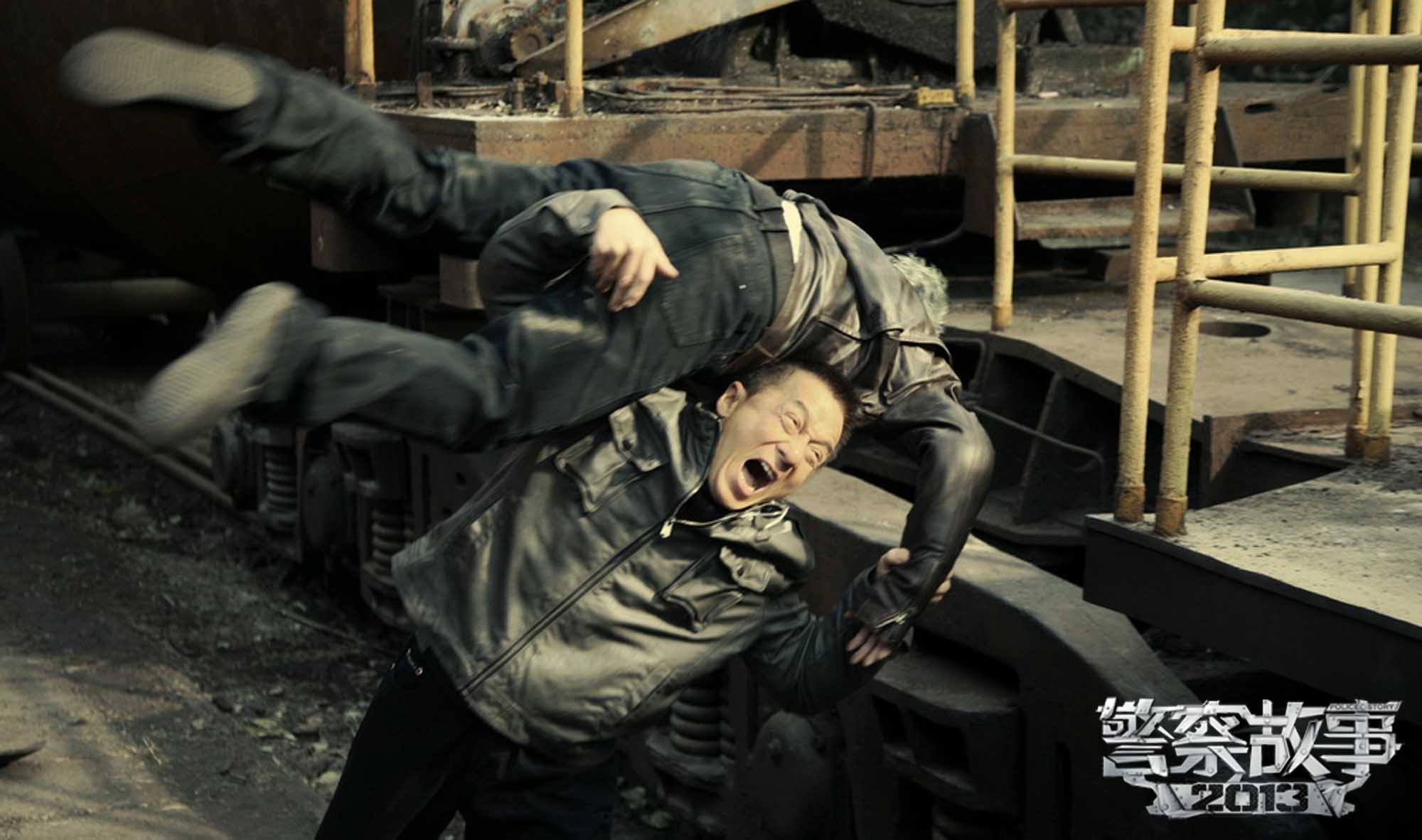 """New """"Police Story 2013"""" Trailer is Punchy and Full of Action"""